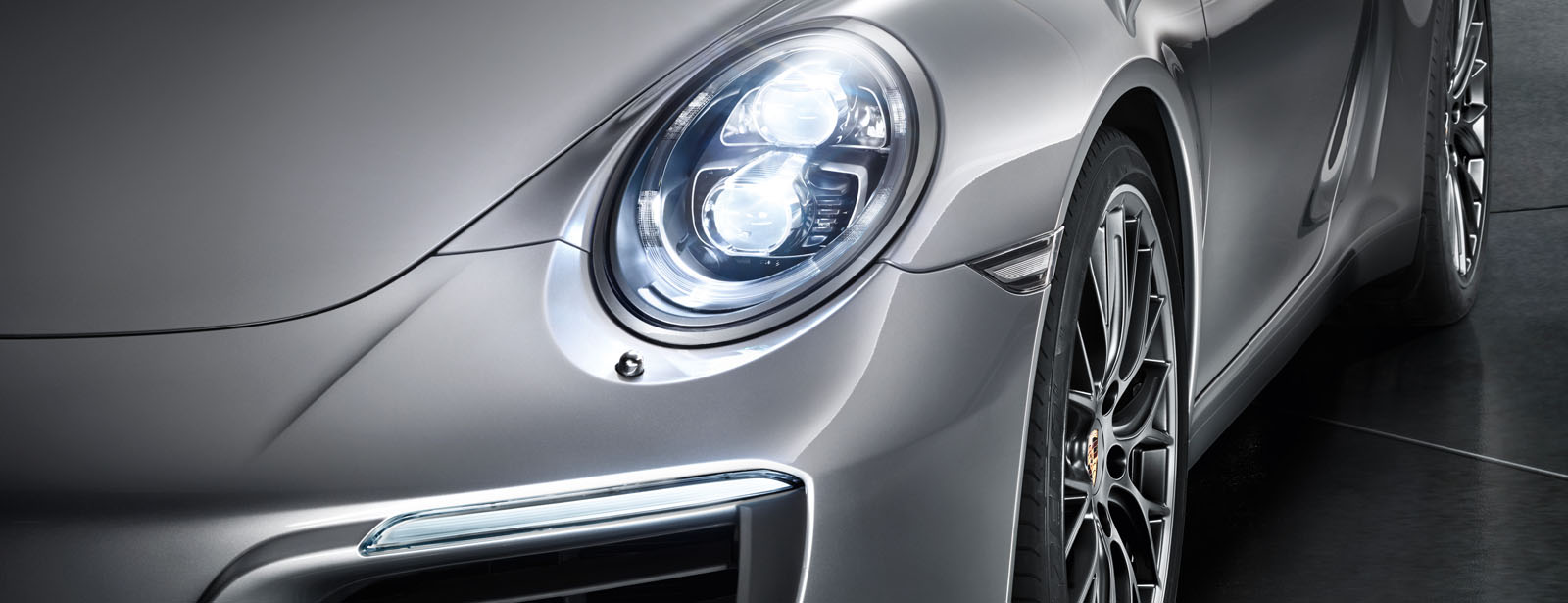 911 Porsche Dynamic Light System (PDLS)